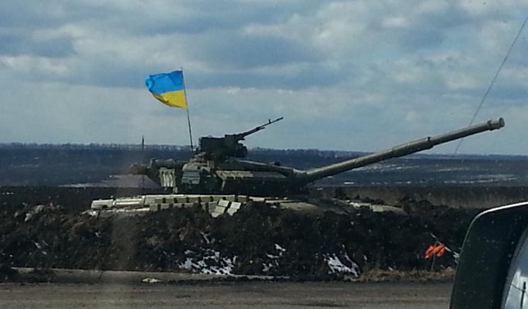 Россия готовит перебросить танки с украинскими распознавательными знаками
