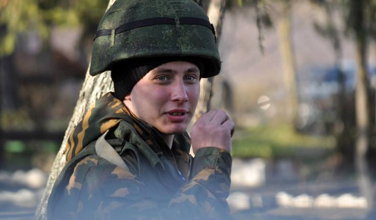 Солдат армии РФ не спит вторые сутки, в ожидании счастливого момента, когда сможет убивать украинцев (ВИДЕО)