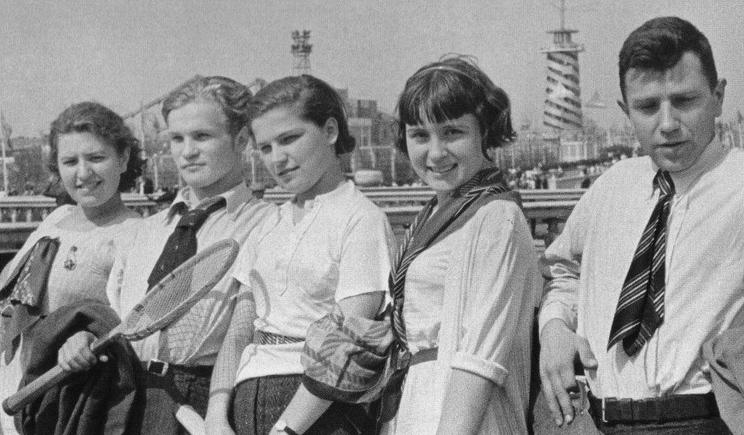 Машина времени для бабушек желающих вернуться в СССР