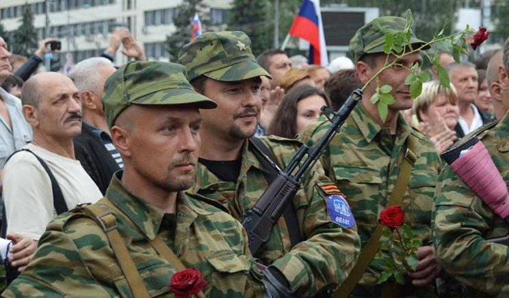 Гастролеры с РФ, которые воюют за ДНР жалуются на нехватку оружия
