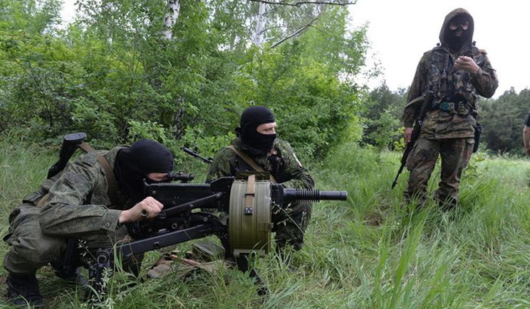 «За прошедшую ночь террористы обстреляли силы АТО в 6 районах», — Тымчук