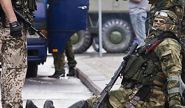 Террористы самопровозглашенных республик несмотря на обещание, не прекратили обстреливать позиции украинских войск