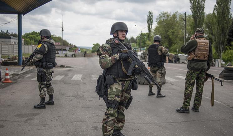 Порошенко подписал закон о социальных гарантиях военнослужащих, принимающих участия в антитеррористической операции