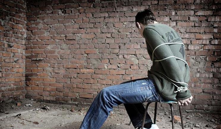 """Террористы в Донецке похитили студентов-медиков """"Будут рыть окопы на передовой"""""""