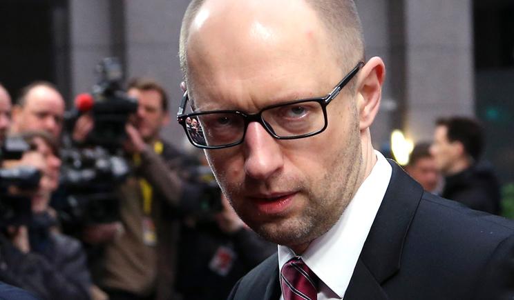 Яценюк приказал начать служебное расследование в отношении лиц причастных к  закупкам для армии