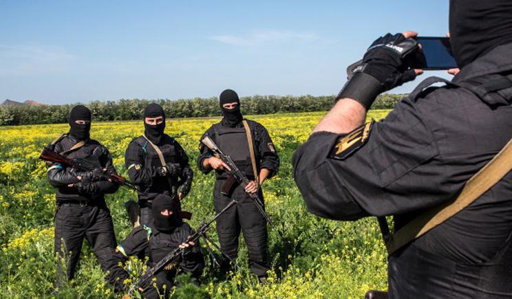 """Батальон """"Донбасс"""" и Нацгвардия завтра будут пикетировать Администрацию Президента"""