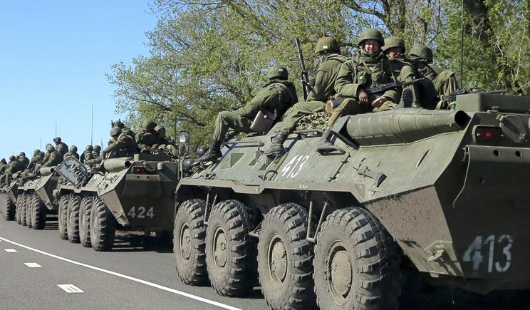 По Луганску перемещаются Танки (ФОТО)