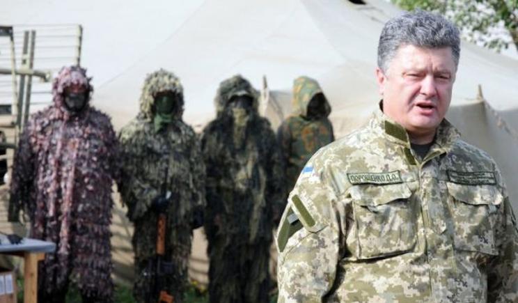 Генералы убедили Порошенка начать активную фазу АТО, но он решил проконсультироваться с Меркель
