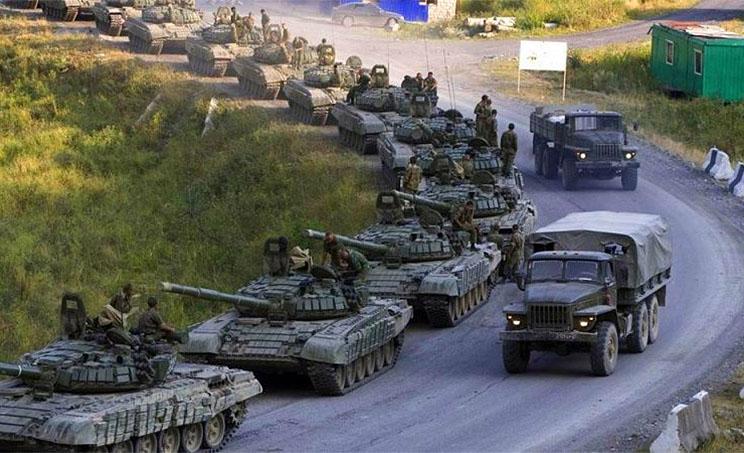 МИД Украины требует от российских коллег разъяснений в связи с увеличением концентрации военной техники вблизи границы