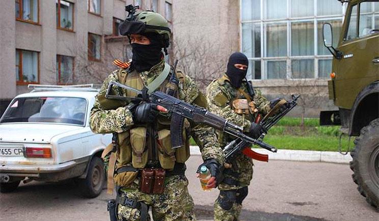 Российских наемников для Донбасса вербуют прямо в военкоматах