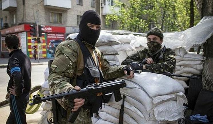 Боевики ДНР заявили о захвате воинской части внутренних войск в центре Донецка