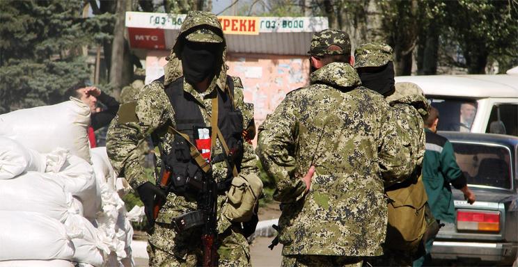 Боевики пытаются вывести в Россию спецтехнику
