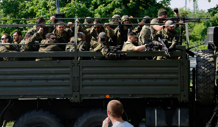 Бойцы ДНР перевернулись на КаМаЗе