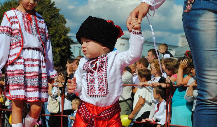 Годовалый малыш не умеющий толком говорить, поет гимн Украины (ВИДЕО)