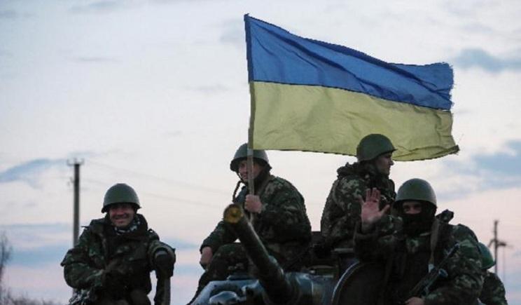 Силовики отбили атаку террористов на аэродром Краматорска