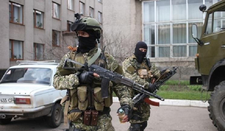 У границы Украины собираются большие диверсионные группы в форме ВСУ