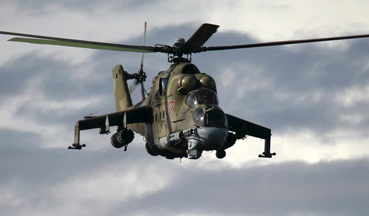 Вертолеты вооруженных сил Украины расстреляли колону с боевиками, что прорывалась со стороны РФ