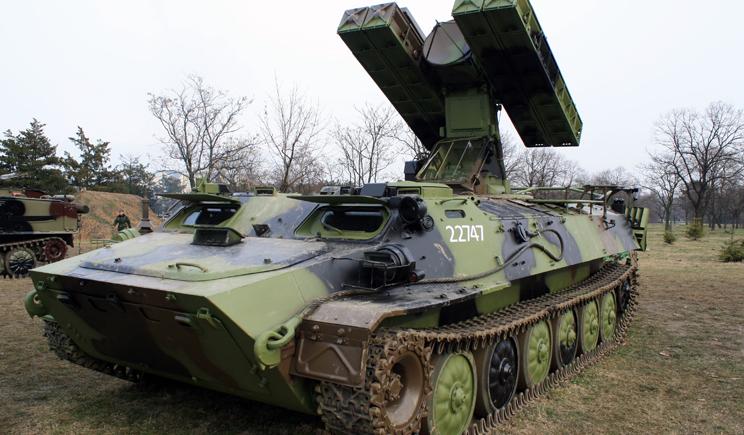 Россия перекинула в Луганск ракетно-зенитные комплексы (ВИДЕО)