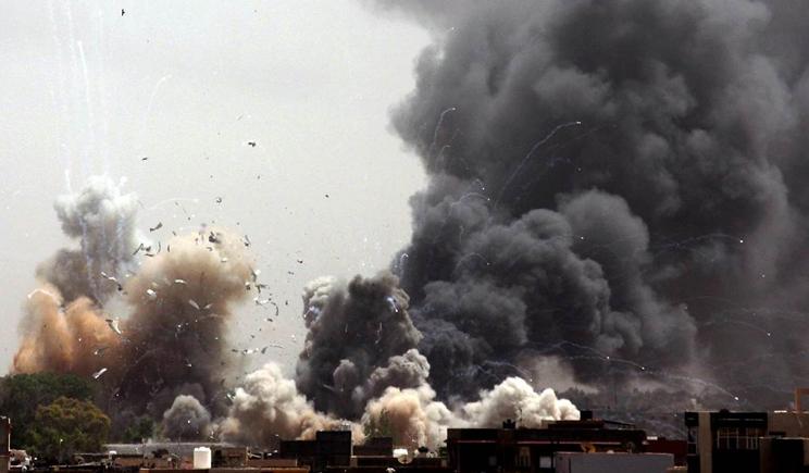 Артиллерия и авиация на Донбассе бьет по позициям террористов
