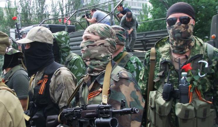 Террористы покидают Луганск и пытаются вернуться на территорию РФ
