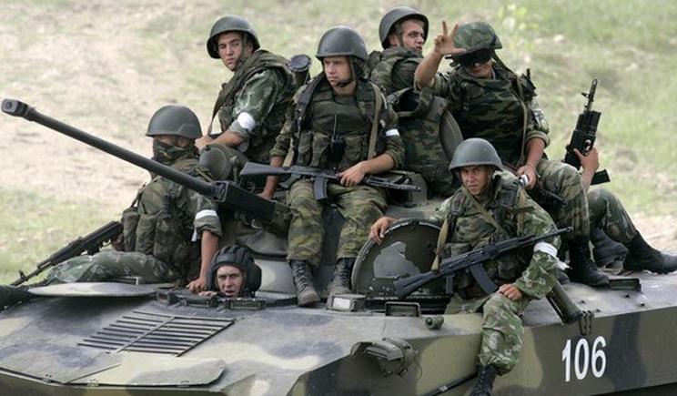 Наблюдается активизация российских войск со стороны Крыма