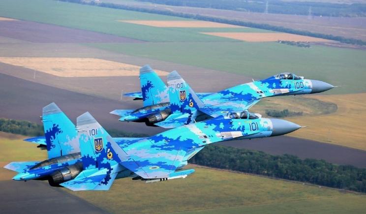Сразу три штурмовика ВВС Украины наносят авиаудары по позициям боевиков