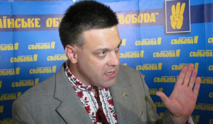 Огромная колонна боевиков проехала по Луганску  направляясь в сторону РФ, — Олег Тягныбок