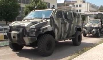 """Первые бронированные машины типа """"Спартан"""" и """"Куга"""" отправлены в зону АТО"""