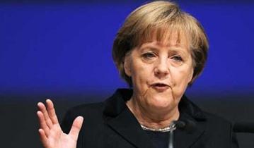 Канцлер Германии требует немедленно ввести новые санкции против РФ