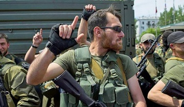 """Боевик ДНР с криками """"Аллах-акбар"""" обстреливает позиции ВСУ"""