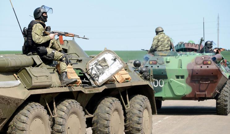 Жители Донбасса встречают украинских военных как освободителей