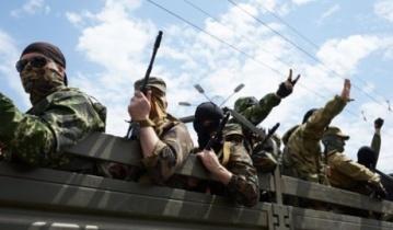 Только что в Луганск прибыло 2 БТРа и 3 грузовика  боевиков прямо с РФ, – свидетели