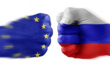 ЕС принял жесткие санкции против РФ, переплюнув даже Америку