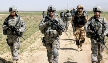 Барак Обама отдал приказ об отправке в Украину американских военных