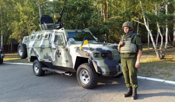 """Аваков на своей странице в facebook опубликовал фото """"Когуара"""", что поступил на вооружения Нацгвардии"""