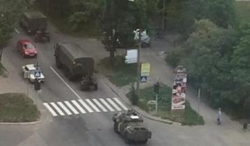 Под прикрытием части боевиков, другие формируют колонну для бегства в Россию, – Тымчук