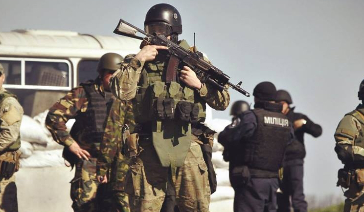 Украинские силовики отрезают террористов от границы
