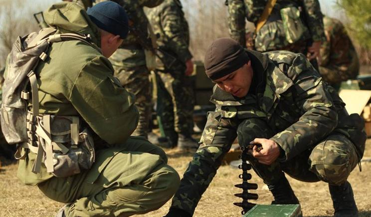 Под Славянском десантники уничтожили две сотни террористов