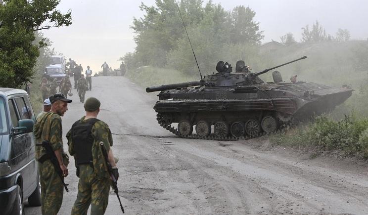 Огнем украинской штурмовой авиации уничтожено три единицы Т-64 и две единицы БТР боевиков — Минобороны