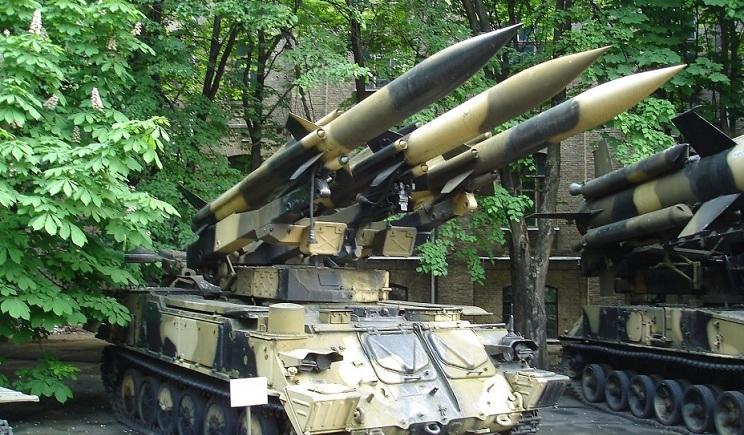 Порошенко обсудил с Лукьянченко возможность неприменения артиллерии при освобождении Донецка