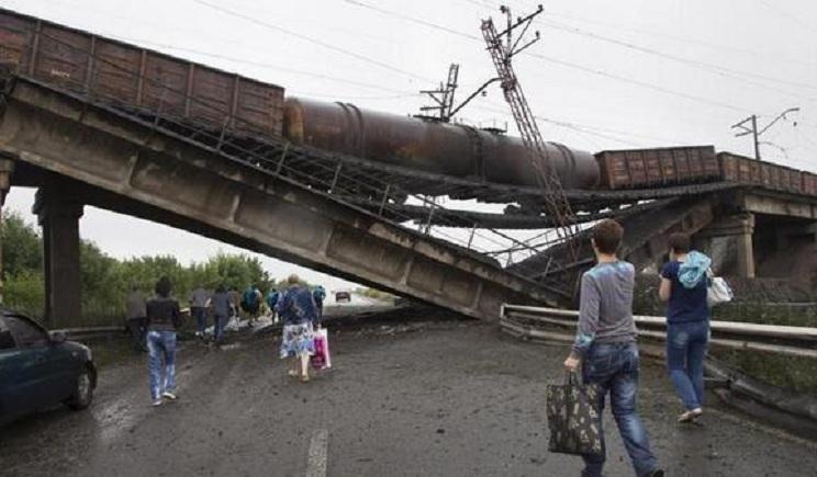 Террористам Донбасса их российские хозяева приказали уничтожать инфраструктуру в регионе