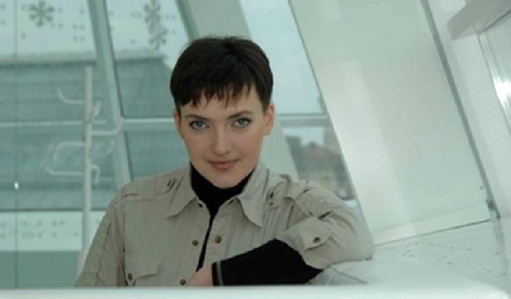 В Следственном комитете РФ утверждают, что летчица Савченко сама сбежала в Россию