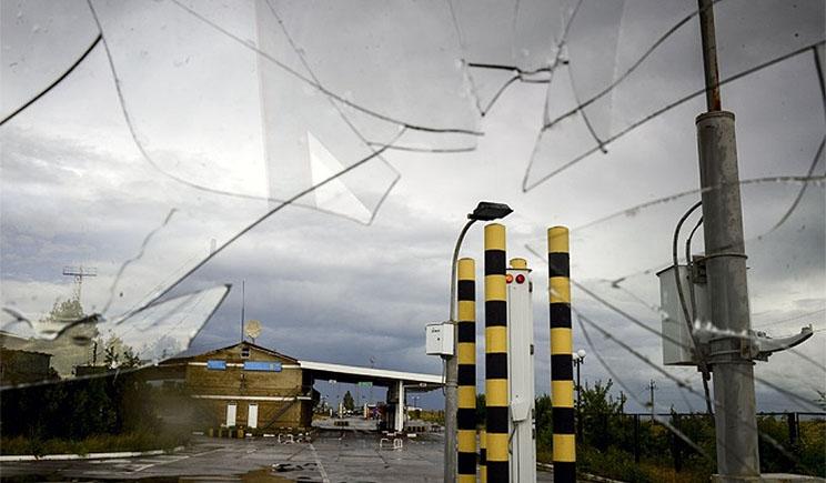СМИ РФ заявили, что фугас со стороны Украины попал в дом на территории России, погиб человек