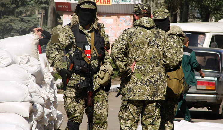 Террористы в Луганске захватили ГАИ . Неужели будут ставить на учет?