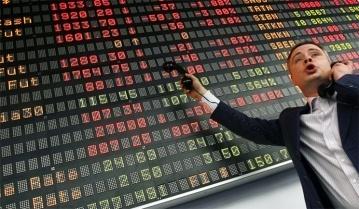 Стремительный отток капитала из российских акций уже побил полугодовой рекорд