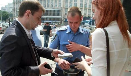 Кабинет министров запретил Украинской милиции составлять админпротоколы