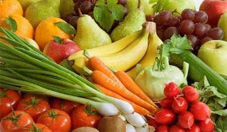 Теперь РФ вводит запрет на ввоз овощей и фруктов из Польши