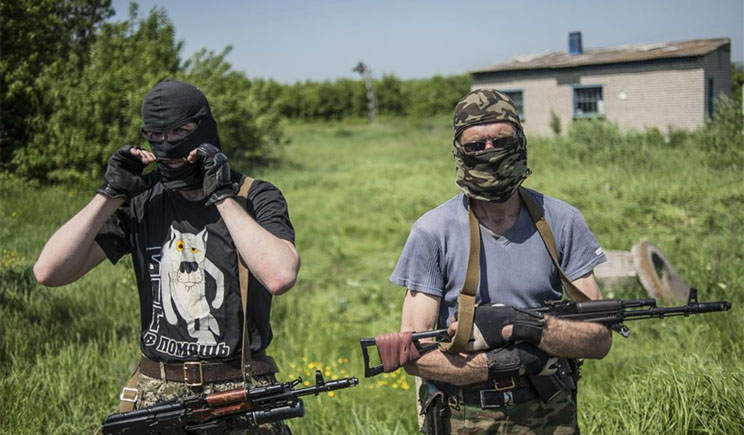 Из Донецкого вуза боевики похитили 17 автомобилей