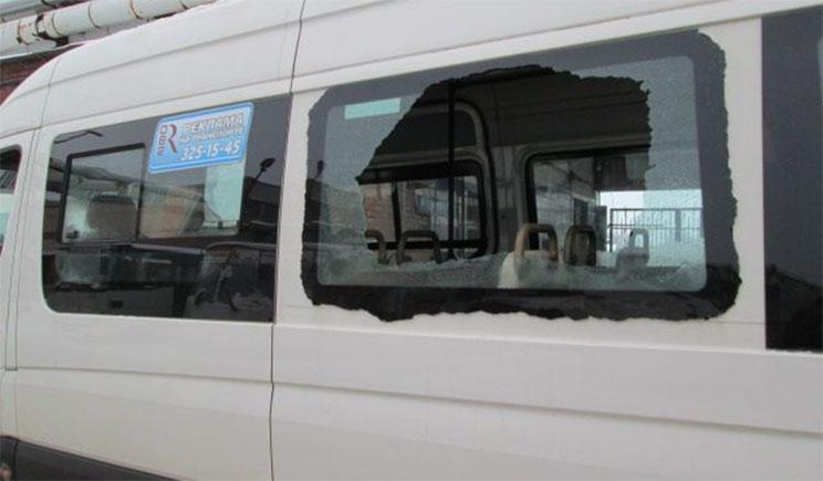 Под Донецком обстреляли маршрутку – погибла пенсионерка