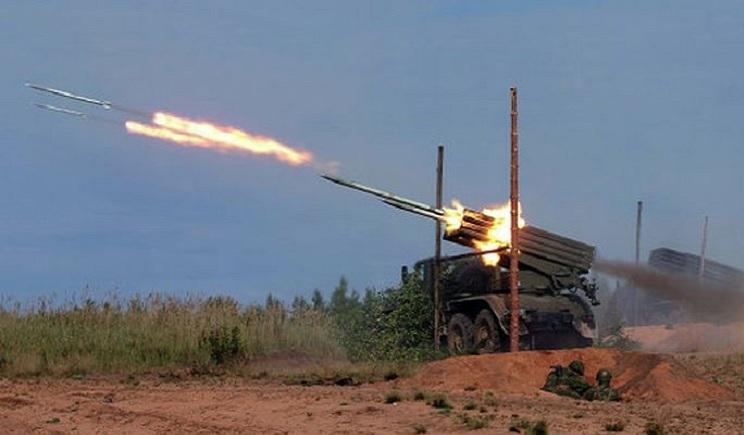 """Террористы из """"Града"""" обстреляли действующую шахту"""